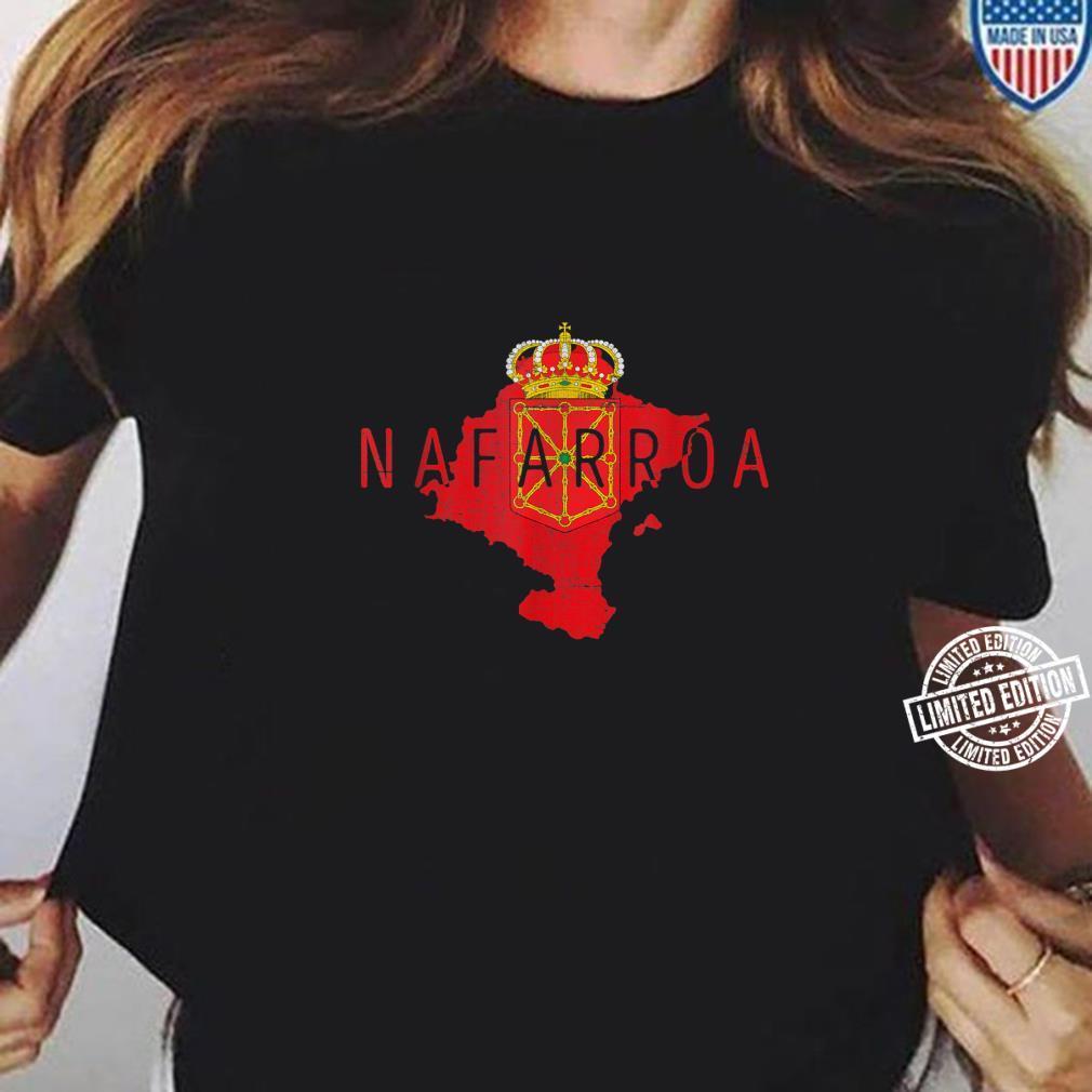 Navarrese Map and Flag Distressed Nafarroa Spain Souvenir Shirt ladies tee
